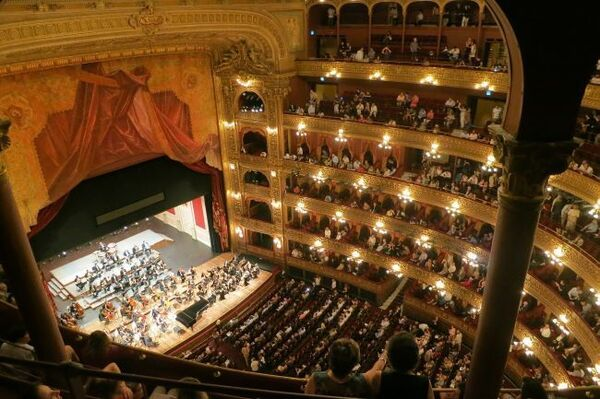 opera-594592_1280.jpg